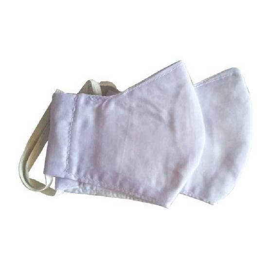 หน้ากากผ้าสีขาว สำหรับผู้ใหญ่ มีช่องใส่แผ่นกรอง ใช้ผ้าฝ้ายมัสลินสีขาว 2 ชั้น
